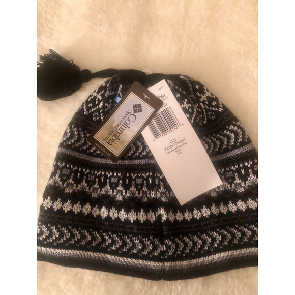 7d1f93799cd37 COLUMBIA Winter Hat ❄️